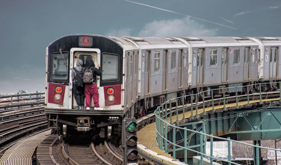 Subway Surfers New York Subway Battles To Keep Subway Surfers Away